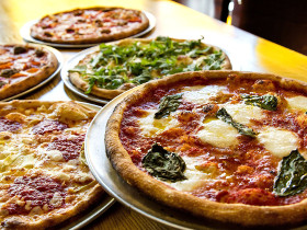 8 Phenomenal Pizza Pit Stops in the Black Hills