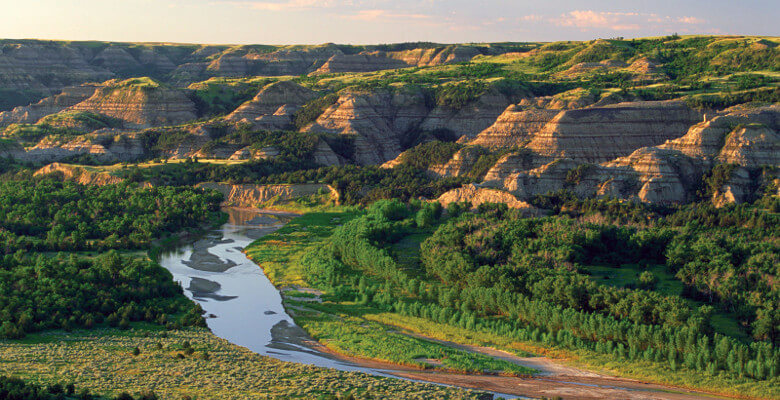 Badlands ND Spectacular Variations in Scenery