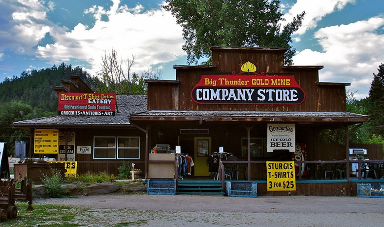 Big Thunder Gold Mine Company Store and Eatery